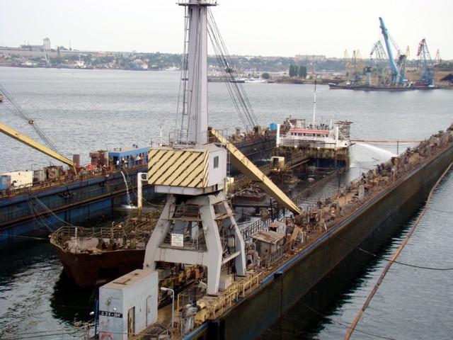 """танкер """"Волгонефть-263""""."""